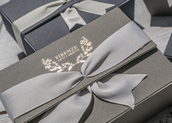 GREY BOX WITH BOW